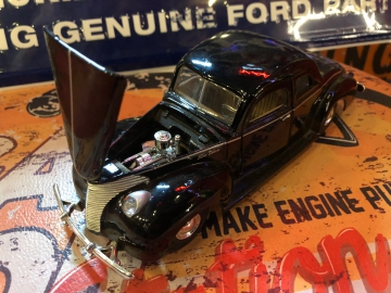 Metal Diecast Cars - 1:24 1940 Ford Coupe